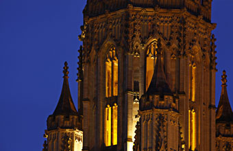 Wills Memorial Building Tower at Night - Liz Eve Fotouhaus - University of Bristol